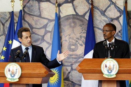 les_prsidents_franais_nicolas_sarkozy_et_rwandais_paul_kagame.jpg